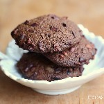 triple chocolat espelt cookies